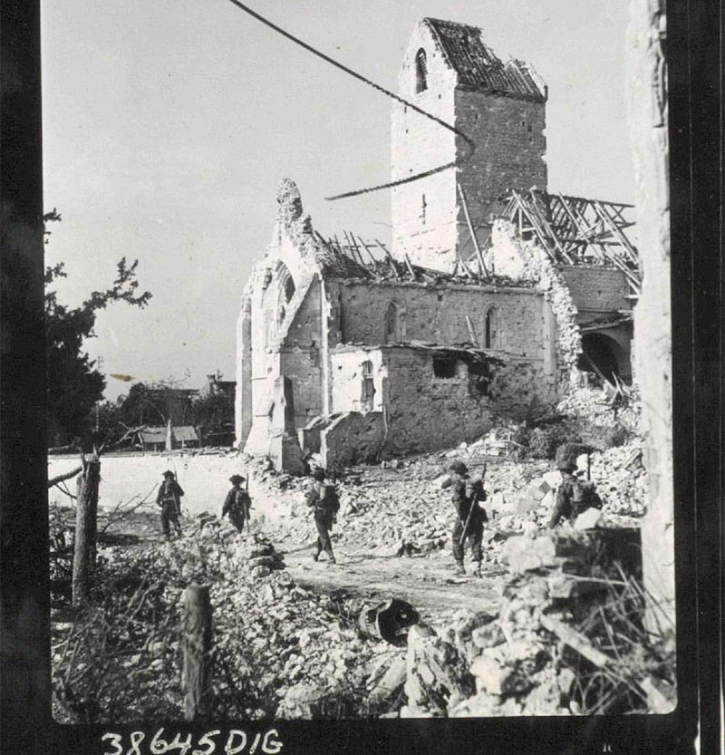 Canadians_in_France_near_Falaise_17AUG44_ALB078_Don_Grant.jpg