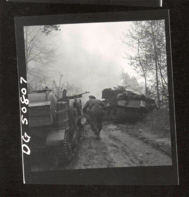 Move_up_to_Hatten_Germany_April45_Guravich_ALB094.jpg